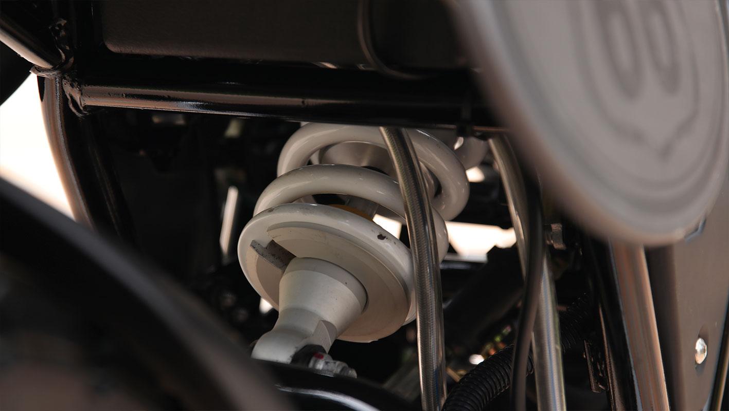 PATAGONIA 250 V8
